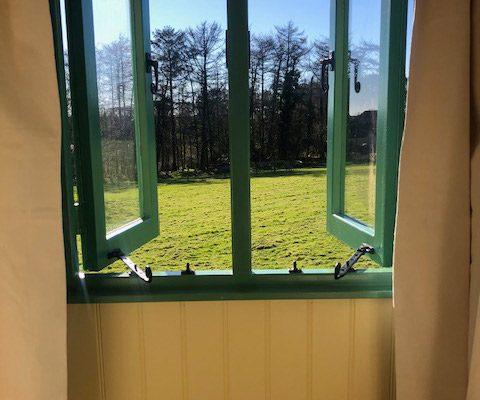 Shepherd Hut Windows
