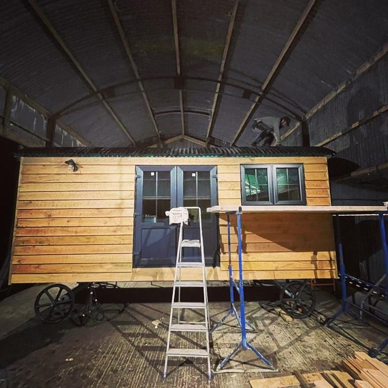 Shepherd Hut Building