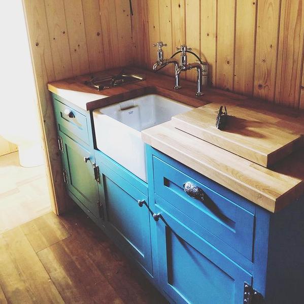 Shepherd Hut Kitchen